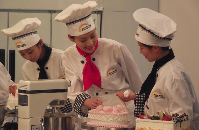 新东方烹饪学校学费