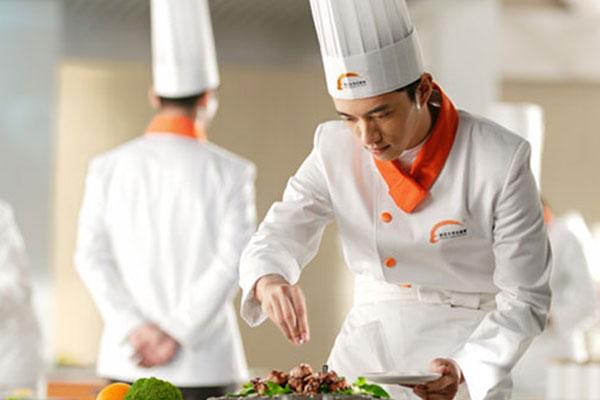 天津学厨师学校哪个好
