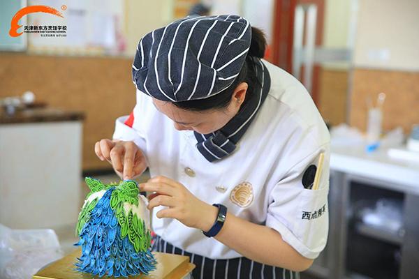 天津新东方创意甜品蛋糕赛